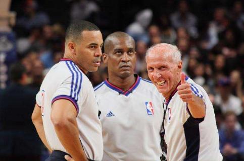 最强nba NBA欲投票修改3项规则 二次进攻时间或缩至14秒