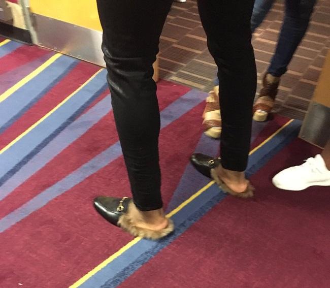 迷幻剂药物代表_风格迷幻!特里斯坦-汤普森脚穿时尚潮流鞋款