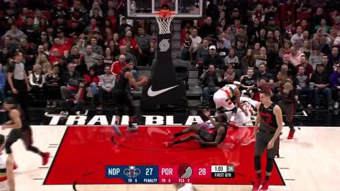 [得分]戴维斯失衡上篮 高难度强势得分