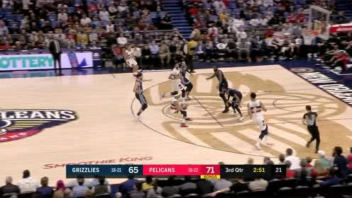 [得分]太残忍了没眼看!杰克逊转换进攻三分篮筐如大海