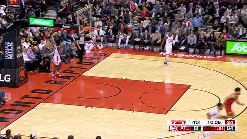 [得分]这球是真的秀 林书豪杀入篮下反手上篮