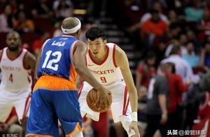 周琦和小丁在NBA无球可打,王哲林在CBA完成脱变,谁更成功?