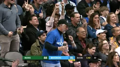 [得分]宝刀未老!诺维茨基接球三分再中