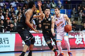 CBA季后赛之上海男篮:老弱病残,高开低走,大鲨鱼之殉谁来买单