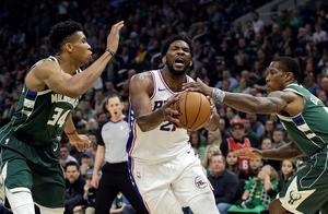 NBA:雄鹿惜败76人,字母哥空砍52分;猛龙惨遭活塞逆转,书豪仅得3分