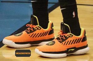 NBA球员今日上脚:杜兰特复出穿KD12,韦德之道7又抢镜了!