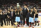 新疆战胜辽宁,与广东会师决赛。今年会是广东夺冠的最佳时机吗?