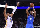 NBA勇士队杜兰特职业生涯最高分为多少分?
