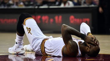 2017年NBA总决赛录像G3 骑士vs勇士 第三场 全场录像回放