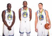 勇士为什么不能像2014的篮网五巨头一样,同时留下汤普森格林和杜兰特?