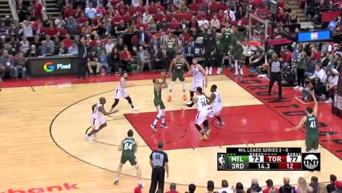 这个篮板太关键 康诺顿拼抢篮板助攻希尔狂追分