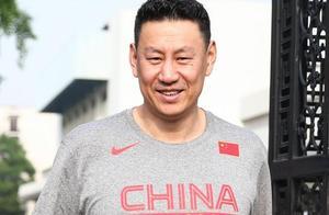 中国男篮大集结!国手们笑容满面,李楠还透露了一个好消息