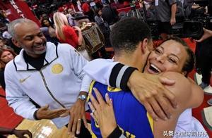 NBA库里老爹最新吐槽:看到了吧 ,这是我儿子, 我说下半场的