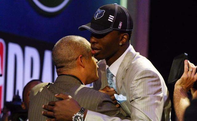 烽火体育时隔五年,09届榜眼欲重返NBA!自称练出