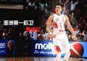 号称中国历史最强后卫的郭艾伦,为何拒绝NBA76人和勇士的邀请?是辽宁男篮不放人吗?