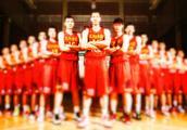 如果中国男篮国家队和NBA最弱的球队打一场,会赢吗?