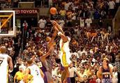 "NBA历史""绝杀之王""当属科比的25次!03白金一代詹姆斯,韦德,安东尼有几次绝杀呢?"
