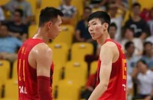 男篮热身赛将至!谁将和易建联组成内线首发,王哲林还是周琦?
