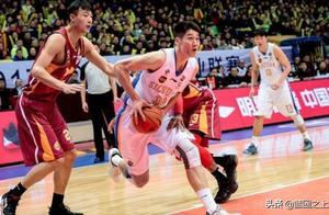 昔日篮球天才重伤过后还能帮四川夺冠,如今退役向往杜锋的生活