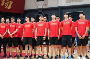中国男篮今夏首秀竟然没有直播 三大球中他们地位最低