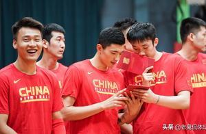 第一次!姚明又开辟历史!中国男篮干了这件事,让郭艾伦热血上头