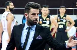 四川男篮强援驾到,现任塞尔维亚国家青年队教练加盟任助理教练
