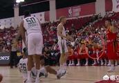 中国男篮NBA夏季联赛,赵睿用球砸人,随后公开回应:礼尚往来!对此你怎么评价?
