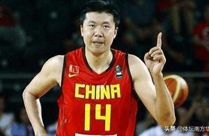 姚明领衔中国男篮25年最强阵 但有一套阵容能与之一战不落下风