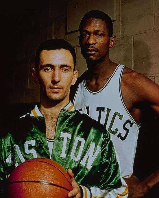 玖体育直播NBA历史上的MVP组合有哪些?哈登韦少