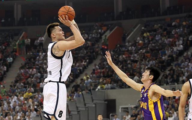 库兹马遭警告他是中国篮坛最全面小前锋,也是
