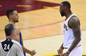 盘点4个时代NBA最强双人组!詹姆斯和库里入选,老球迷同意吗?