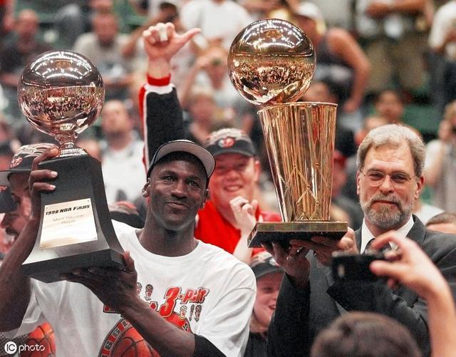 北邮体育馆NBA球星的非常规绝招,追忆那些只属