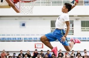 """街球手能有多大名气?""""云南滑翔机""""矣进宏,云南篮球的代表人物"""