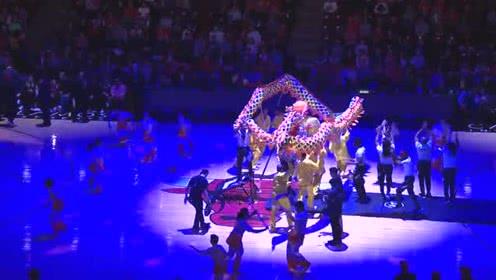 #NBACNY#感受来自大洋彼岸的节日氛围 舞龙杂技贺新春