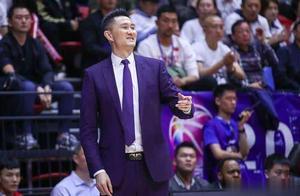 八冠王恒大争议无数,迈进十冠王的广东男篮,怎么没人说总赢没劲