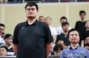 中国篮坛英雄知其名识其人,但NBA职业生涯五大数据知道吗?