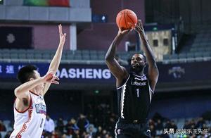 赛季过半,辽宁这致命弱点依旧,差点被二流球队完虐,还不改变?