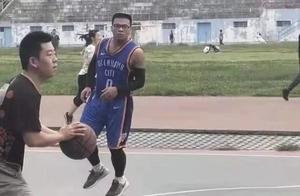 NBA球星成名前的样子,你们确定都见过?
