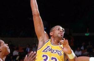 盘点NBA历史大交易,鲨鱼1换4,狼王1换7,保罗1换8创纪录
