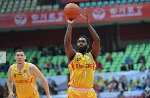 又一CBA弃将爆发!重返NBA单挑隆多不落下风,李春江后悔吗?