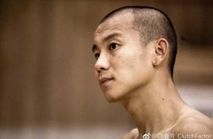 大学时期曹芳是怎么打球的?各种美如画!也是上过CCTV5的男人!