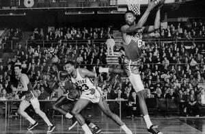 NBA74年历史个人最佳赛季排名,96年乔丹居首,13年詹姆斯第三