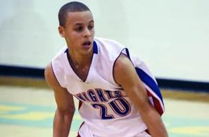 难以置信!高中时期的库里几乎所有篮球名校和教练都看不上他
